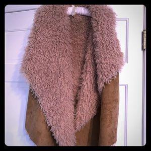 Jackets & Blazers - Faux fur/Sherpa vest